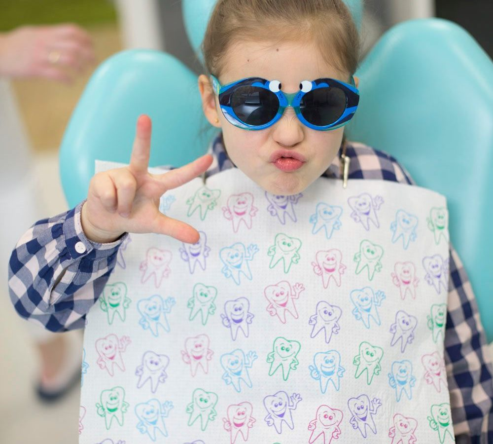 Kolorowe plomby dla dzieci. Działanie, korzyści.