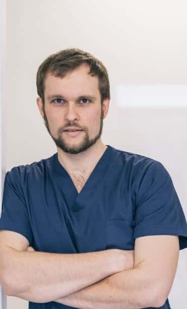 Maciej Szymczak Chirurg Stomatologia Stomo Clinic Wrocław