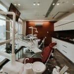 Co robi stomatolog?